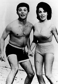 Aptera_History of Swimsuits_2016 man and woman.09.jpg